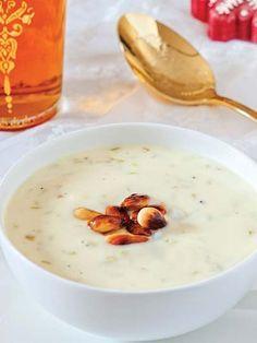 Bademli ve kremalı kuşkonmaz çorbası