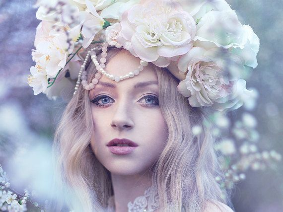 Floral headpiece, headdress with flowers, roses, hair accessory, roses, pink, cream, romantic, boho, fantasy
