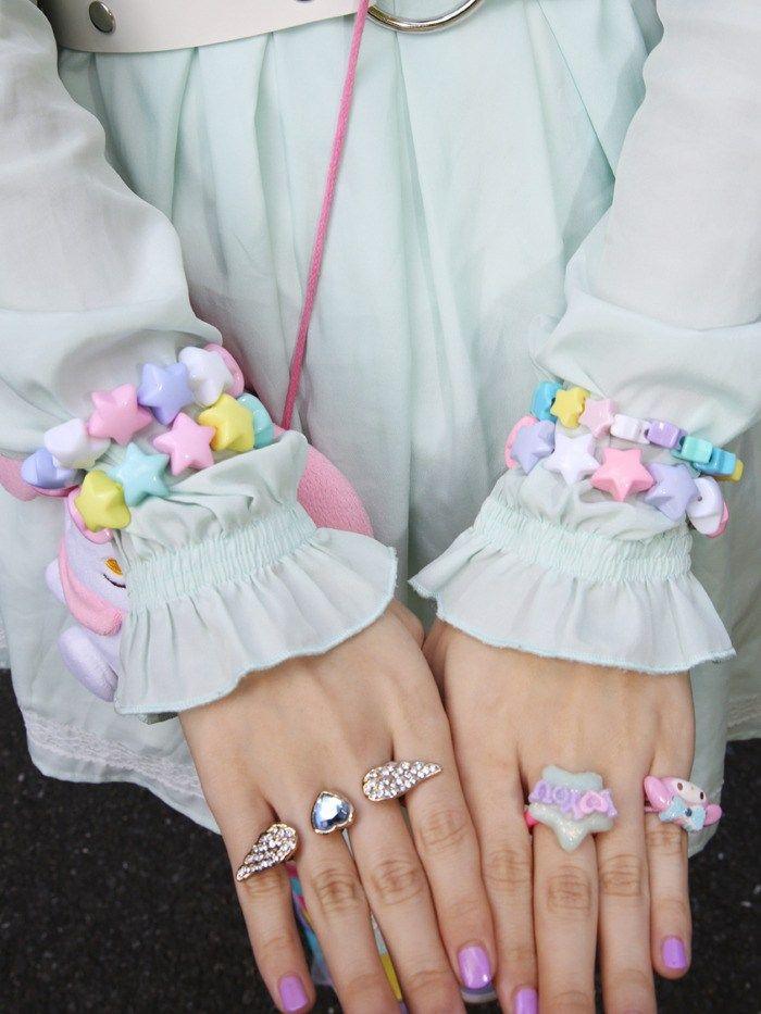 "Fairy kei, Pastel stars bracelet, mint shirt, resin  --- Source: https://dreamcolouredlife.wordpress.com ""Moodboard"""
