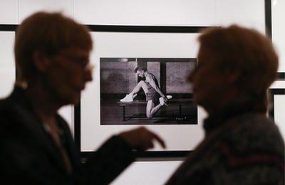 В Москве открывается фотовыставка Роберта Уитмена Михаил Барышников. Метафизика тела - ТАСС