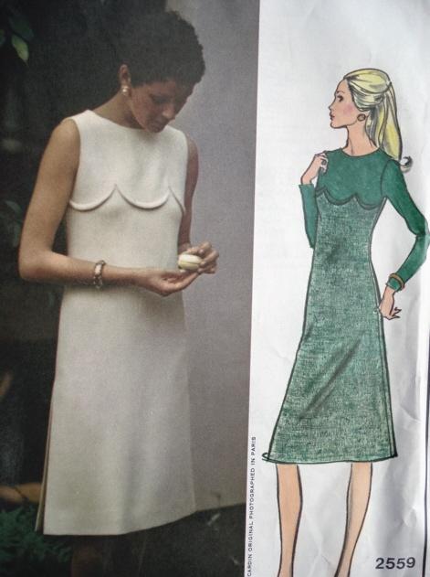 1960s VOGUE PARIS ORIGINAL 2559 PIERRE CARDIN SLIM DRESS PATTERN LOVELY DESIGN DETAILS