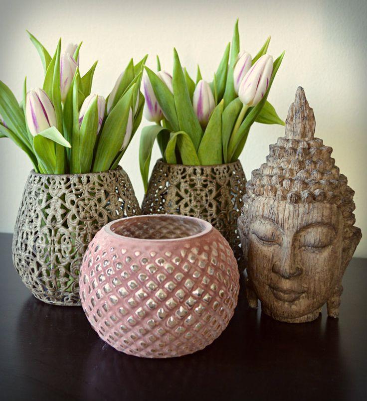 Buddha hoved dekoration og fyrfadsstage fra Cozy Room.