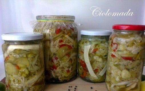Retete Culinare - Ciolomada (Salata asortata de legume)