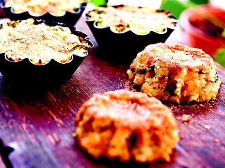 Portionsformar med mozzarella, örter och potatis | Recept.nu