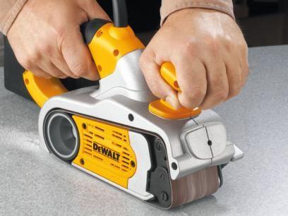 Lixadeira de Cinta 800 Watts - Dewalt DW433BR com as melhores condições você encontra no Magazine Rgenestore. Confira!