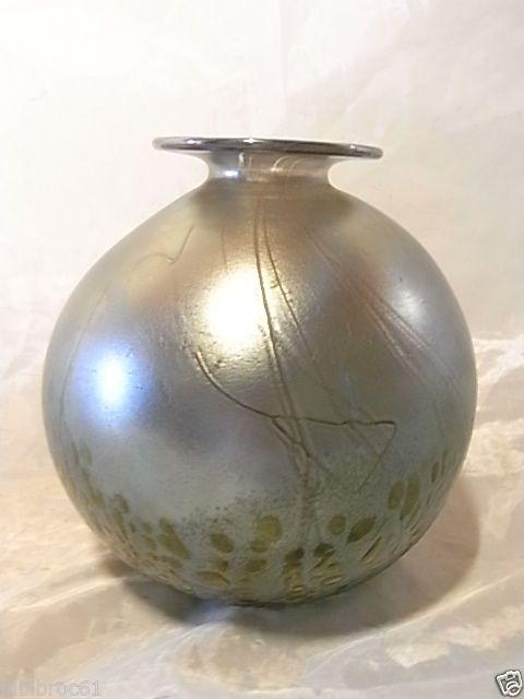 Phoenician Glass Vase signiert