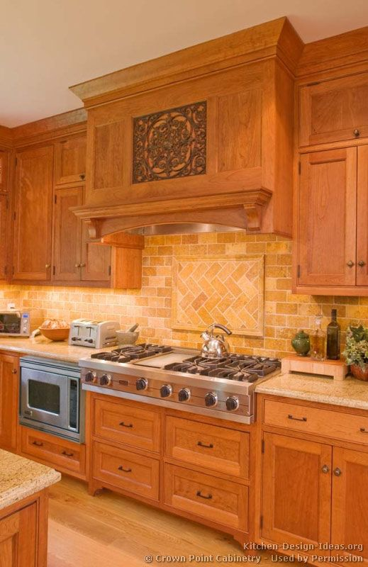 kitchen backsplash ideas with light cabinets 1000 images about ranges amp hoods on stove 18118
