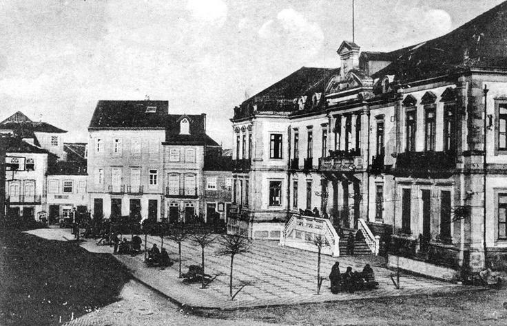 """FOTOS ANTIGAS DE OVAR 008 - Centro de Ovar - Arquivo do jornal """"JOÃO SEMANA"""" (fundado em 1 JAN. 1914) http://artigosjornaljoaosemana.blogspot.pt/"""