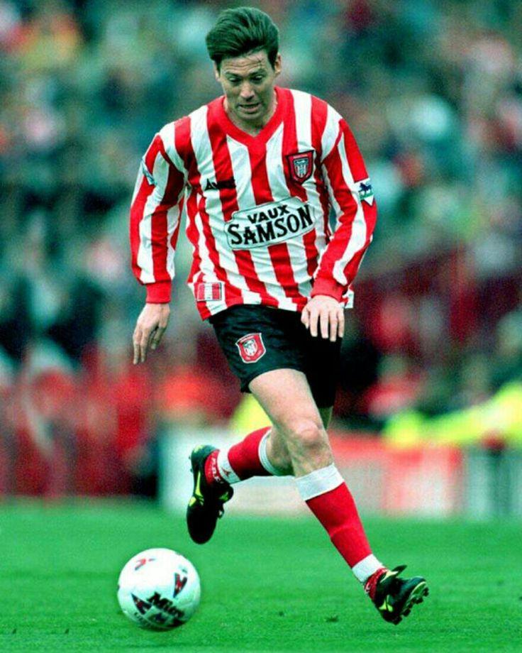 Chris Waddle of Sunderland in 1997.