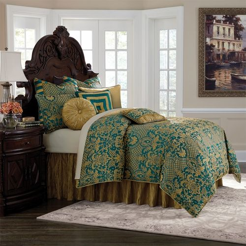 Michael Amini Aristocrat Bedding, King and Queen size luxury comforter sets - Michael Amini Bedding
