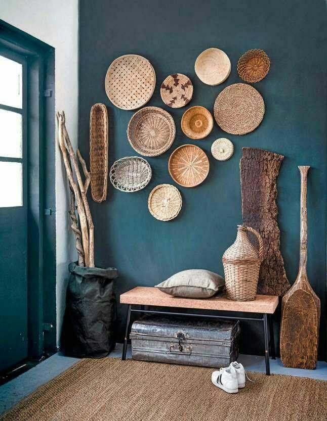 place au d tournement d 39 objet avec le pannier ethnique en guise de d coration murale w a l l. Black Bedroom Furniture Sets. Home Design Ideas