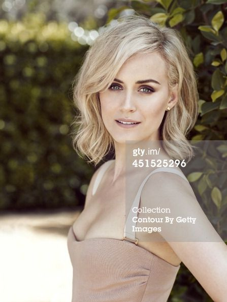 Taylor Schilling hair