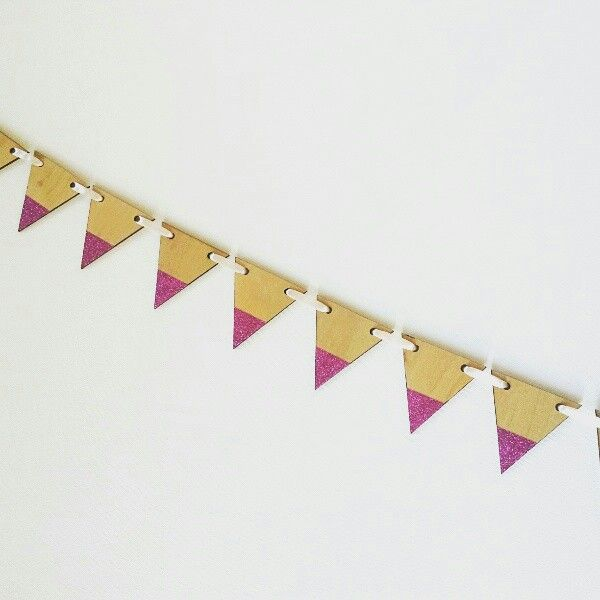 Small timber bunting pink glitter