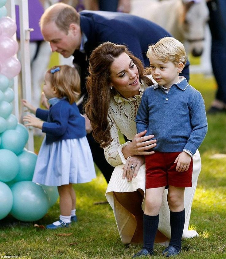 #NEW The Duke And Duchess Of Cambridge With Their Children Attend A Children Party At Government House In Victoria #princegeorge