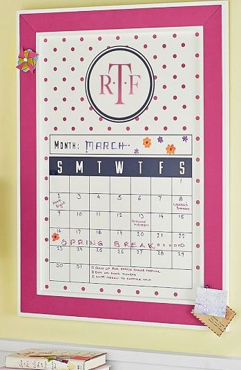 Preppy Dot Dry-Erase Calendar http://rstyle.me/n/gpke5nyg6