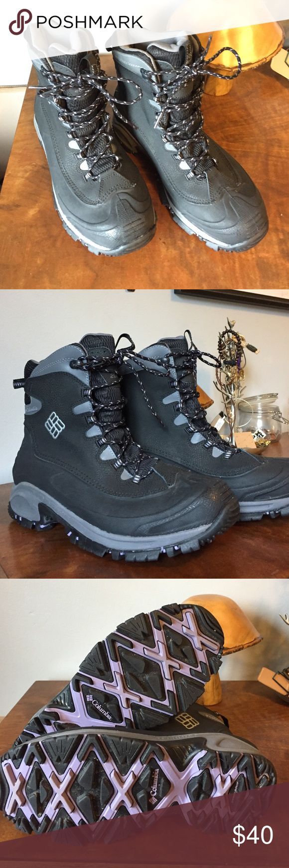 Columbia sportswear women's snow boots Heavy duty snow boots from Columbia. Only wore one time, you can see by the soles they are in excellent condition! Ladies size 9.5 Columbia Shoes Winter & Rain Boots