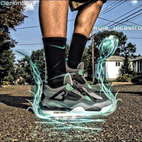 air jordan 4 retro green glow on feet