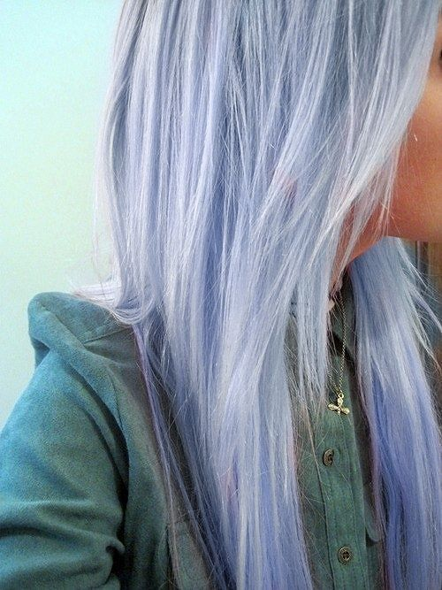 Pale lavender pastel hair