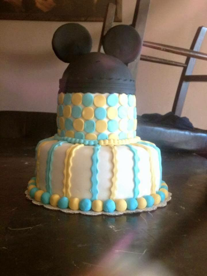 Baby shower Mickey Mouse cake