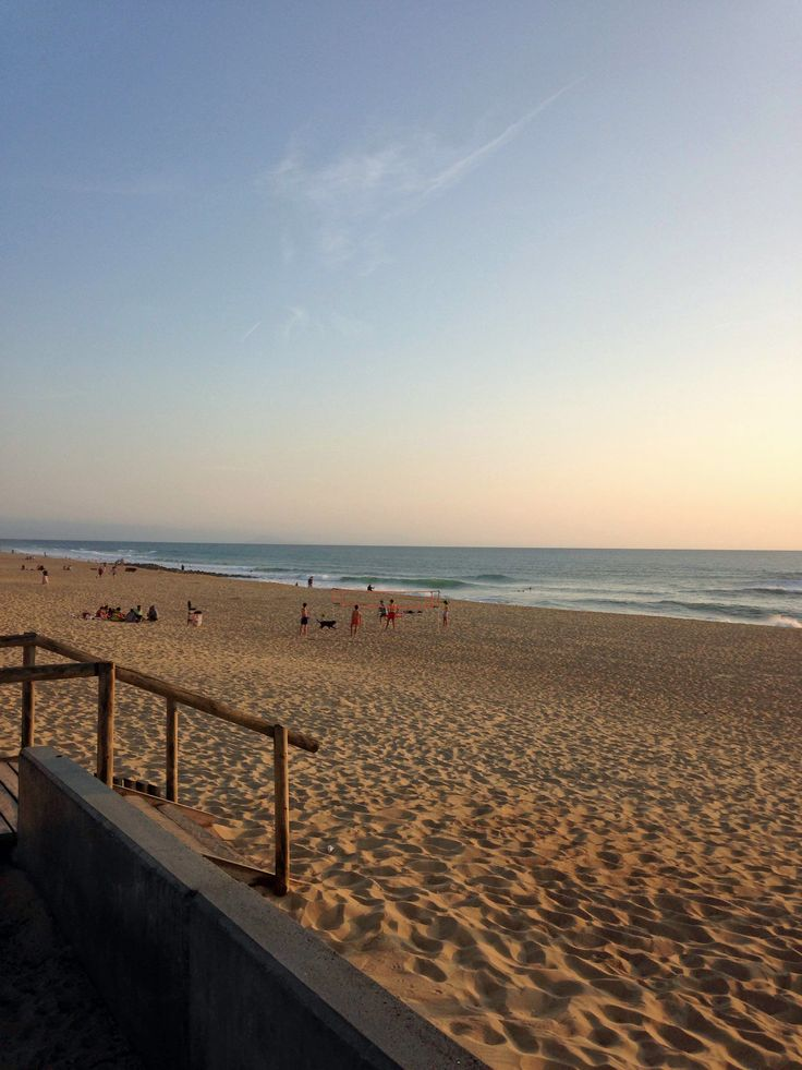 Coucher de soleil sur la plage centrale d'Hossegor #landes #hossegor #beach #sunset #waves #plage