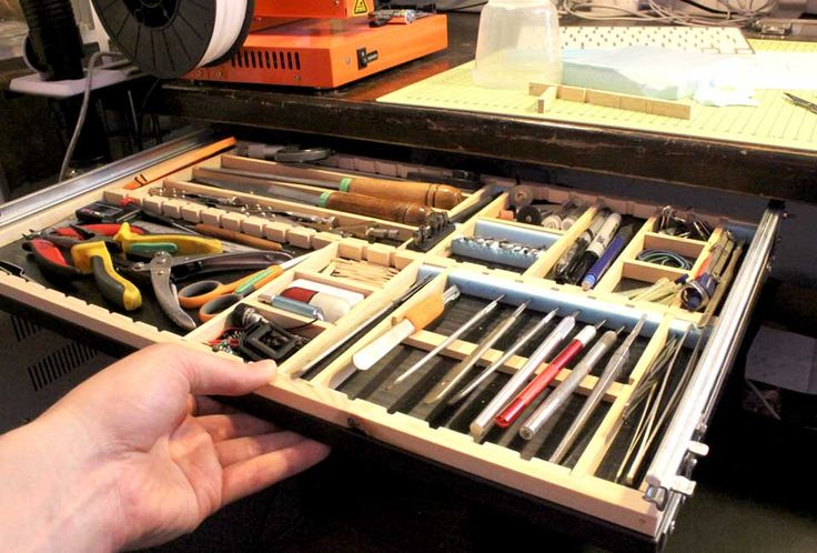 How to make an under-desk tool drawer. Would love to do this if I ever get my own studio.