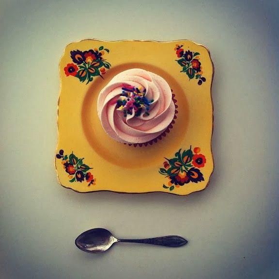 pink pretty #cupcake #cococakeland #vintage