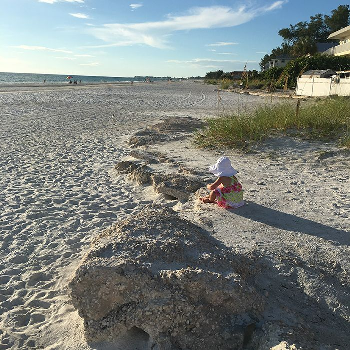 Du sable, de la chaleur et peu de touristes: la semaine de vacances d'Anne-Marie Withenshaw à Anna Maria Island a été tropicale et paradisiaque. Elle nous parle de cette île floridienne chère à son cœur.