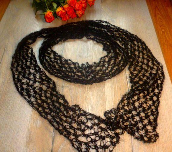 Black Scarf Crochet / Fashionable Infinity Scarf / Black