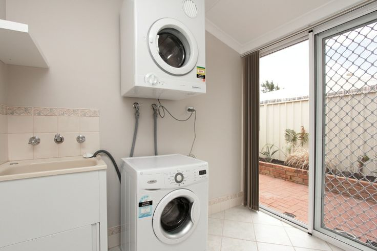 Adare House - Fully Equipped Laundry