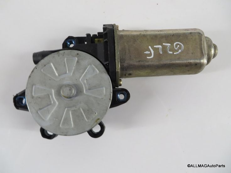 1999-2004 Land Rover Discovery 2 Left Front Window Motor CUR100450 D2