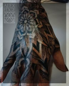 alex edge tattoos, alex edge, Mandala tattoo, dotwork tattoo, dotwork , Alex Edge, alexedgetattoos, hand tattoo, hand mandala, female hand tattoo