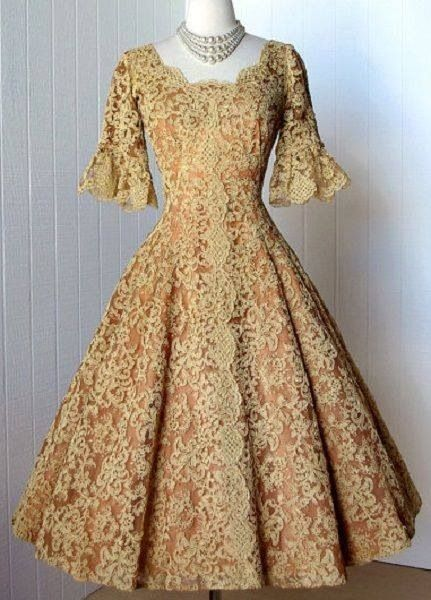 1950's full skirt dress, i'm a sucker for lace and this one is a beauty