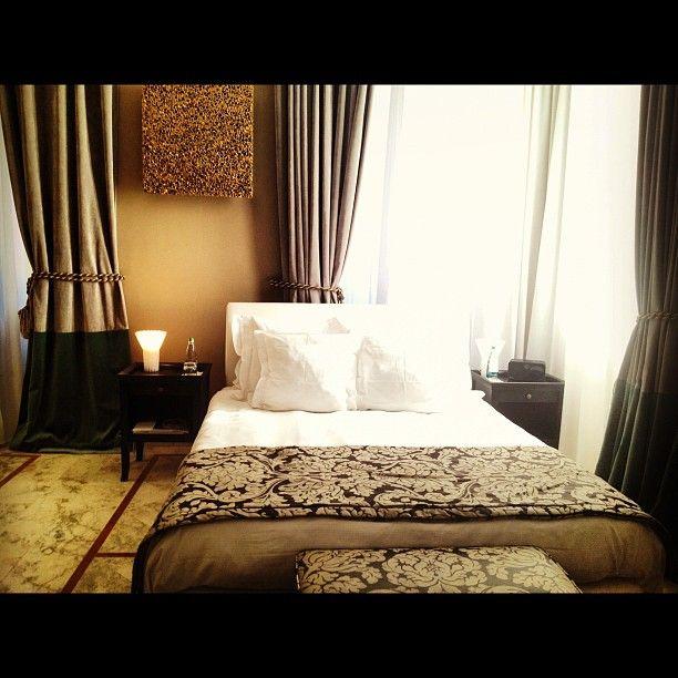 Camera da letto per la notte, vista Colosseo @ Palazzo Manfrendi  @federchicca