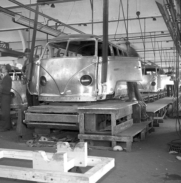 Vintage Pontiac Dealership: 97 Best Images About Vintage Dealership/ Assembly Line On