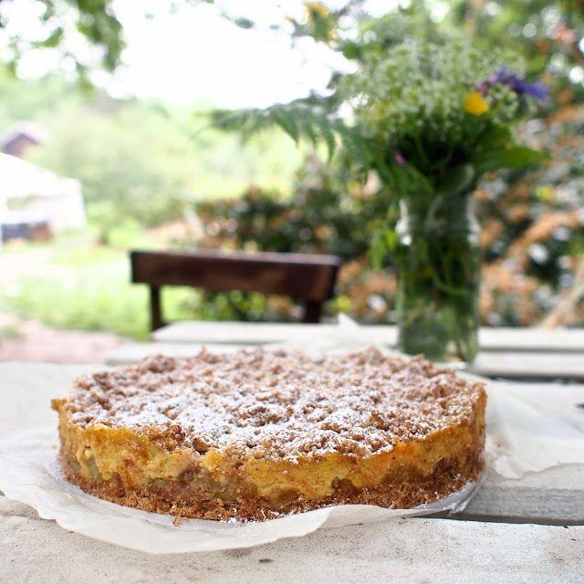 Laskominy od Maryny: Rebarborový koláč s ořechy a vanilkovým crème pâti...