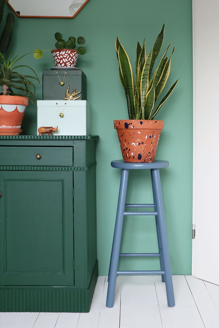 MY ATTIC SHOP / vintage kruk / stool / upcycled / furniture / blue    Photography: Marij Hessel  www.entermyattic.com