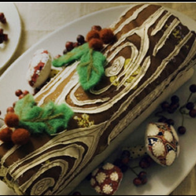 21 best yule logs images on pinterest desserts yule log. Black Bedroom Furniture Sets. Home Design Ideas
