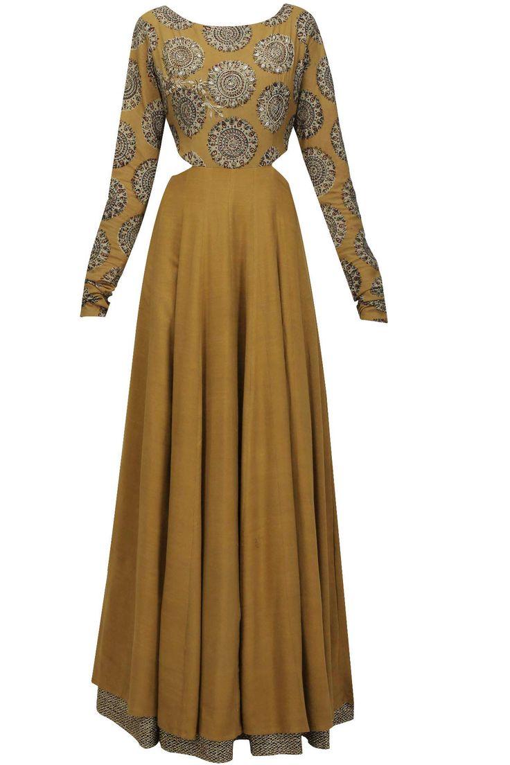Mustard kalamkari printed and floral embroidered kalidaar kurta available only at Pernia's Pop Up Shop.