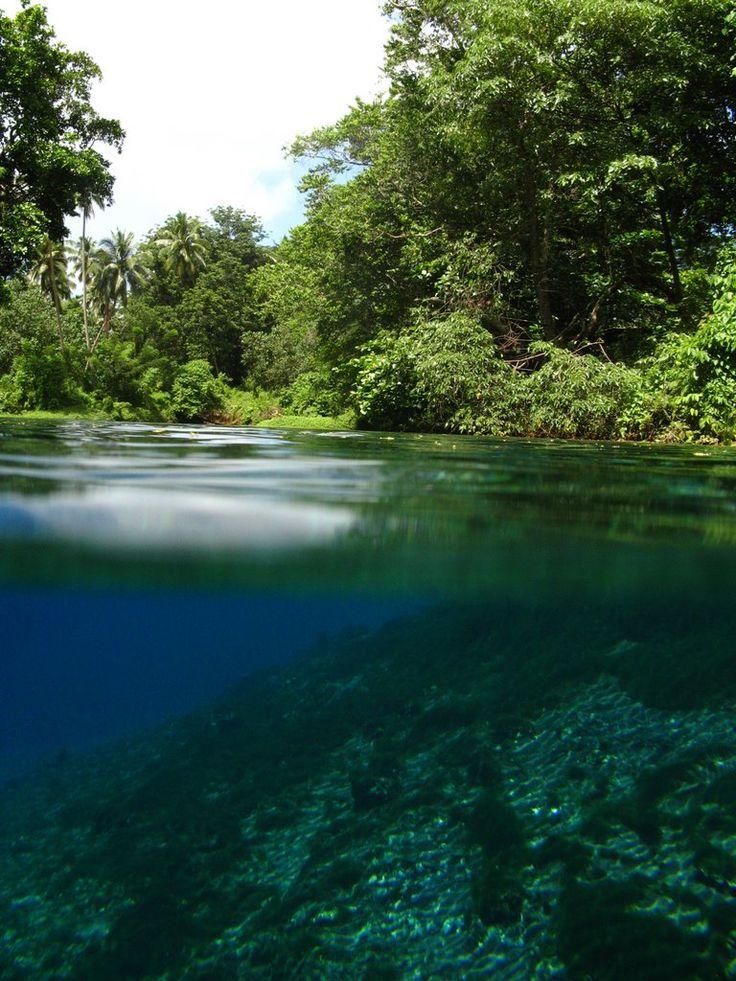 Matavulu Blue Hole, Vanuatu