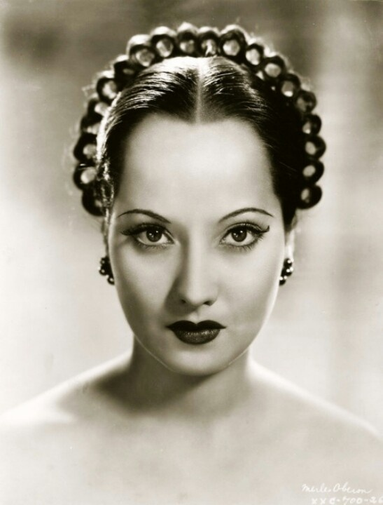 Merle Oberon. Although she attempted to hide her ...