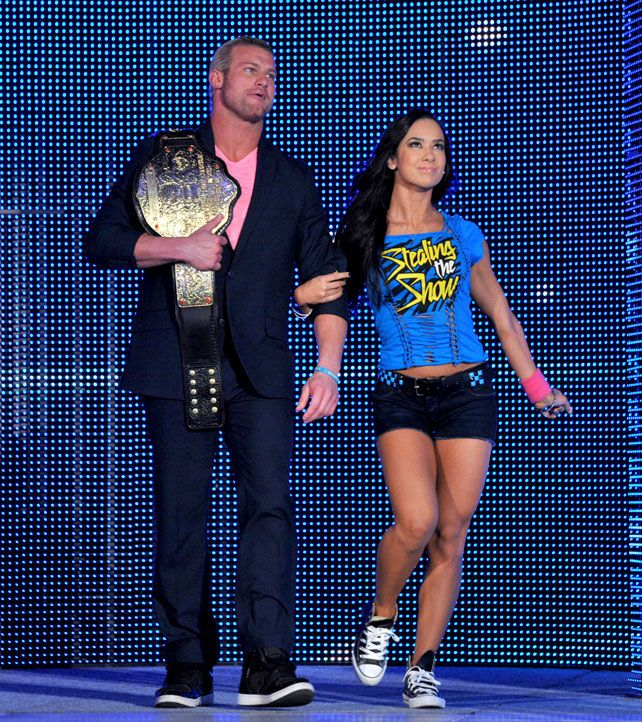 dolph ziggler with aj lee photos  | With AJ Lee beside him, The Showoff comes to SmackDown for the first ...
