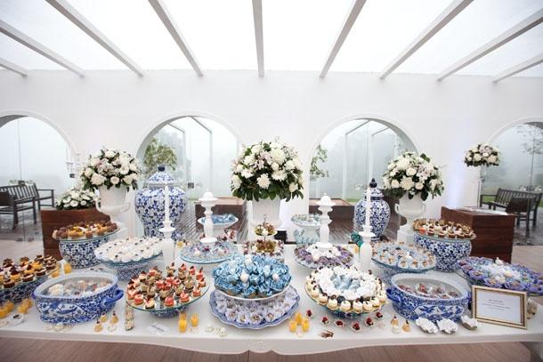 Veja mesa de doces da Casabranca inspirada em azulejos portugueses   Casabranca