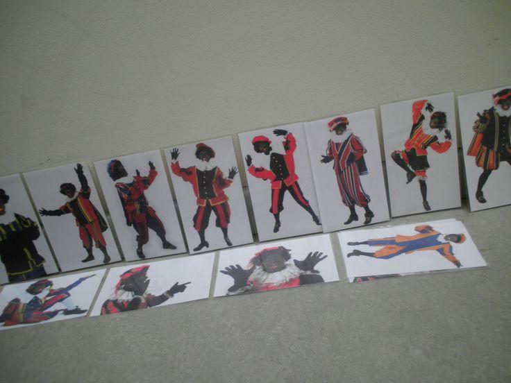 Gekke houdingen van Zwarte Piet nabootsen