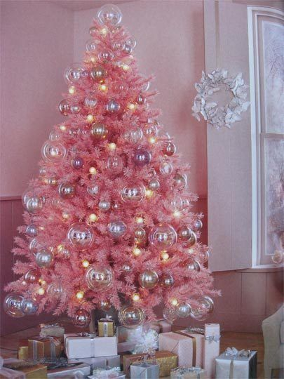 Gotta love this pink Christmas tree and the large clear ball ornaments!!