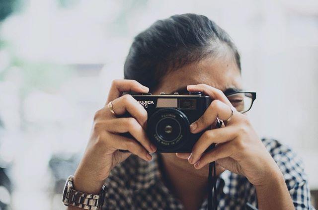 Just go shoot with your toycam.. . . #mainsebentar #senengmain #filmcamerasinternational #analogvibes #analogbogor #indo35mm #iusefilm #igersbogor #ishootfilm #istillshootfilm #keepfilmalive #onfilm #longlivefilm #analogue #analogui #jellyplayground #hipercatlab #wearefilmfolks #justgoshoot #shoot2kill #soccanalog #tweegram #thefilmcommunity #theanalogueproject #analogfeatures #analogphotography