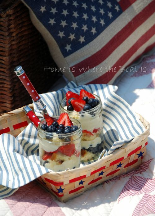 Patriotic Berry Trifle in a jar, layers of angel food or pound cake, berries, and pudding. #patriotic #memorialday #july4th