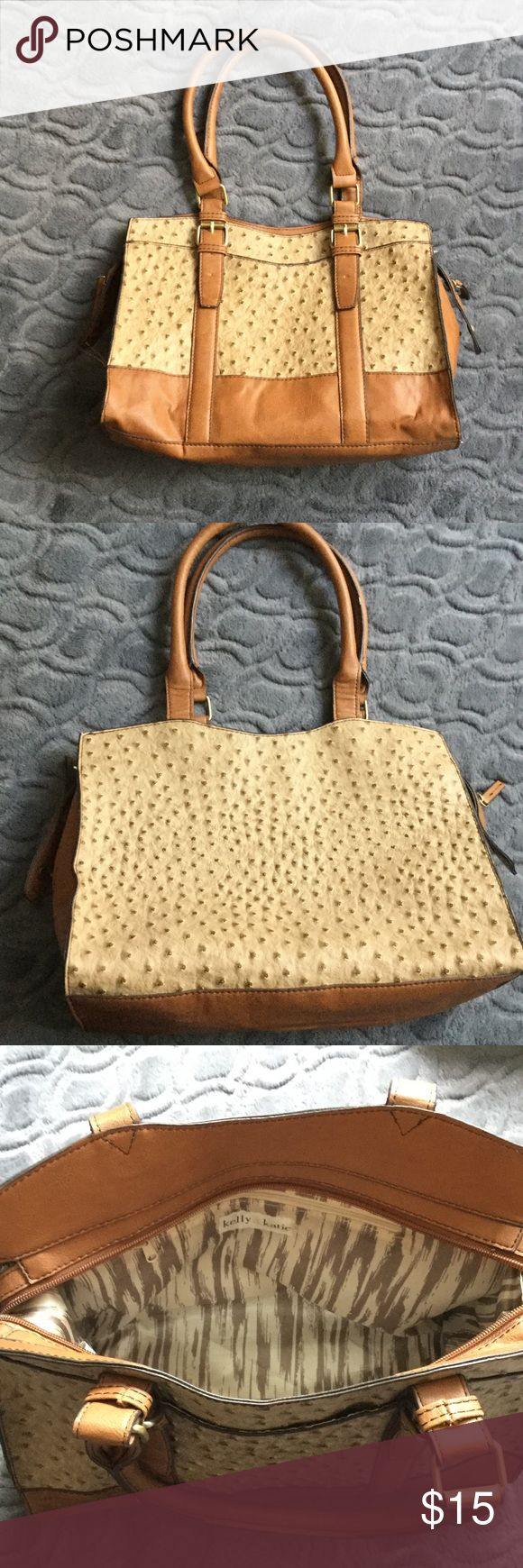 """Kelly and Katie brown and tan textured purse Kelly and Katie brown and tan textured purse.13"""" wide, 10"""" high. Ends of zipper snap to side of purse. Preowned Kelly & Katie Bags Shoulder Bags"""