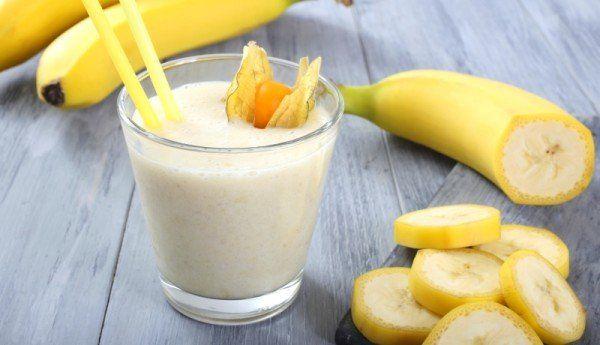 Tri napitka od banane koji otapaju salo oko struka – RECEPT