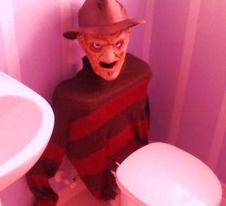Scary Halloween Decorations  This is the most terrifyingly excellent decorating idea