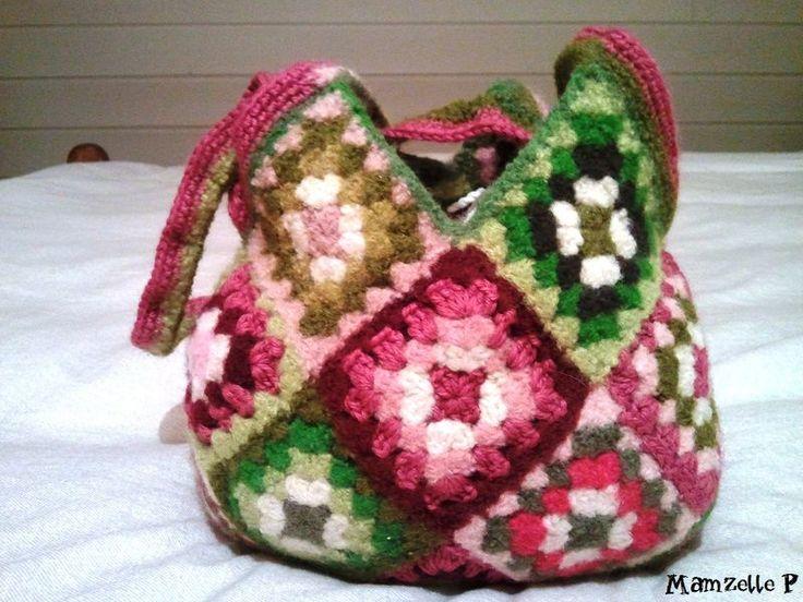 Encore un petit sac feutré cette fois aux couleurs fraîches,acidulées et au doux parfum de printemps!! Vos nombreux et chaleureux messages...